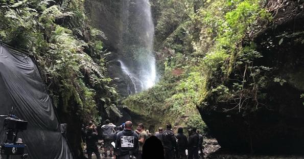 Filtraciones de The Witcher la serie de Netflix 2019 en la cascada de Tilos