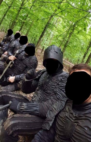 the witcher la serie filtraciones soldados armadura